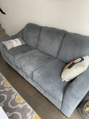 Couch- sits 3 for Sale in Seattle, WA