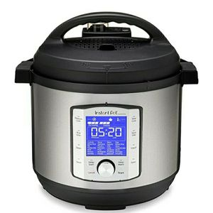 Instant Pot Duo Evo Plus Pressure Cooker 10 in 1, 8 Qt, Easy Grip Handles for Sale in Houston, TX