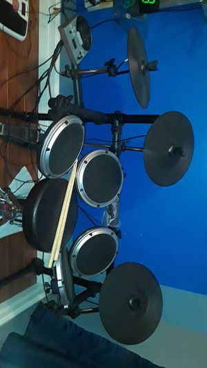 Behringer Electronic Drum for Sale in Miami, FL