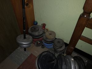 Weights and bar for Sale in St. Louis, MO