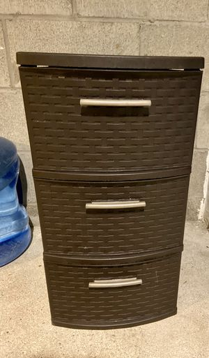 3 small Drawer plastic Storage for Sale in Marlborough, MA