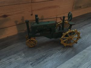 Cast iron tractor for Sale in Unionville, NC