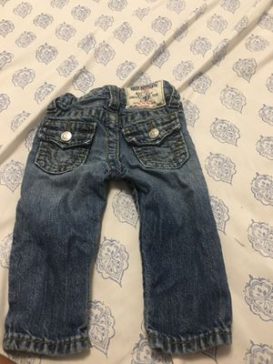 2 pair of true religion 1 pair of Levi 1 Jordan jogger set for Sale in St. Louis, MO