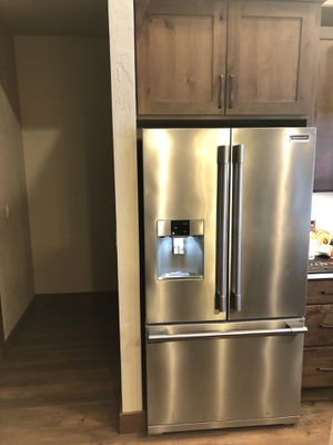 Frigidaire Refrigerator for Sale in Post Falls, ID