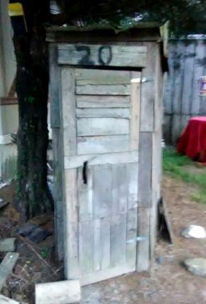 Outhouse replica for Sale in Kolin, LA