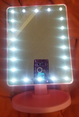 Fashion Vanity Pink Mirror 22 LED Light's for Sale in Bridgeport, CT