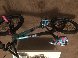 Girls 20 inch Kent Bike for Sale in St. Petersburg, FL