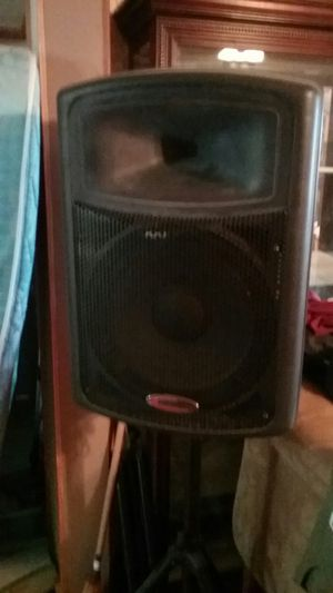 2 P/A powered Speakers on tri pod stands for Sale in Harmony, NC