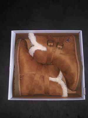 6 1/2 Snow Boots for Sale in Irving, TX