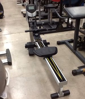 Bodycraft VR100 Rowing Machine for Sale in Phoenix, AZ