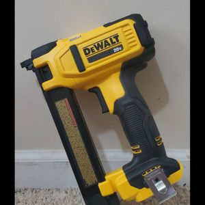 Brand new never used DEWALT 20-Volt MAX Lithium-Ion Cordless Cable Stapler (Tool-Only) $$ 120 firm for Sale in Bakersfield, CA