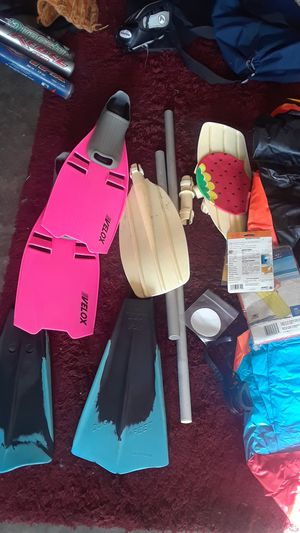 2 Rafts / with paddles duck feet for Sale in Vista, CA
