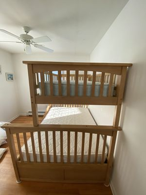 Bunk bed and matching 5 draw dresser for Sale in Lavallette, NJ