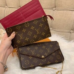 LV M61276 POCHETTE FELICIE - Louis Vuitton Wallet Bag for Sale in Houston, TX