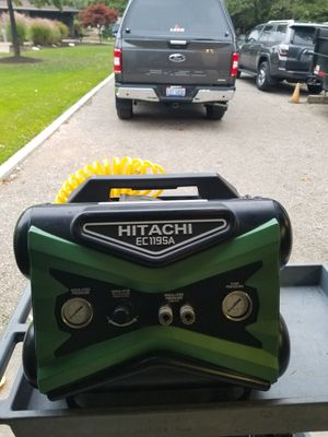 Hitachi commercial air COMPRESSOR for Sale in Parma Heights, OH