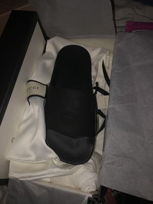 GUCCI WOMEN SLIDES Size 7 for Sale in Gaithersburg, MD