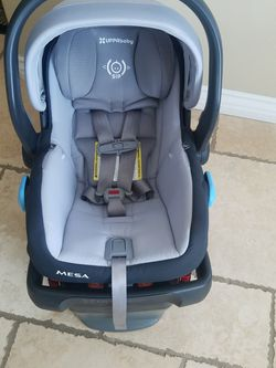 UPPAbaby MESA Car Seat for Sale in Anaheim,  CA