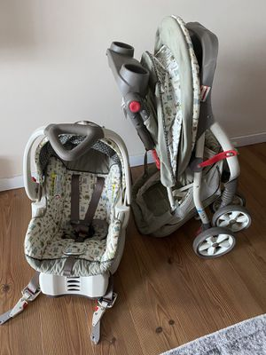 BabyTrend stroller with matching car seat and base for Sale in Mount Prospect, IL