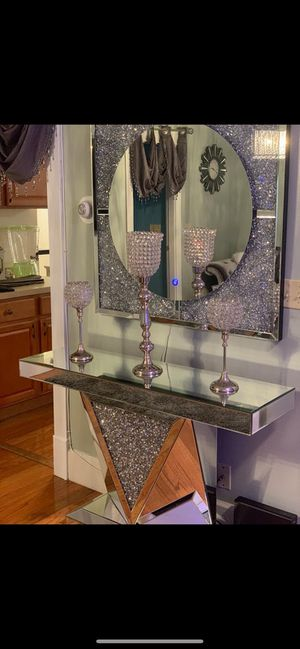 Crystal mirrored console table & Mirror for Sale in Boston, MA