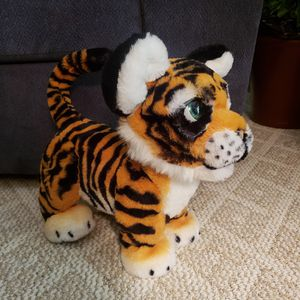 FurReal friends Roarin Tyler the playful tiger interactive toy by Hasbro for Sale in Monroe, MI
