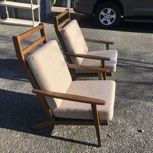 2 Mid Century Modern Chairs for Sale in Lynnwood, WA