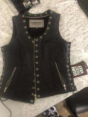 Sexy Leather Womans Motorcycle Vest small for Sale in Vista, CA