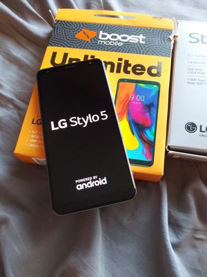 LG STYLO 5 BOOST MOBILE for Sale in Bloomington, CA