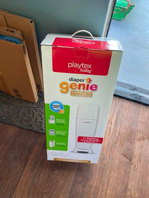FREE baby diaper trash can ! for Sale in Torrance, CA
