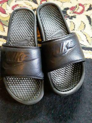 Nike Black Summer Slides IDEAL FOR SIZE 10-12 IN MEN. for Sale in Butler, OH