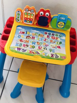 Touch and Learn Activity Desk Deluxe. Interactive Kids toys for Sale in Miami Beach, FL