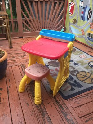Kids crayola art desk for Sale in Woodbridge, VA