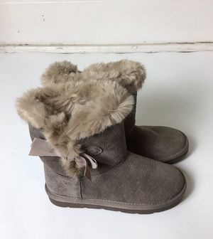Next Furry Leather Girl's Pull On Boots for Sale in Cleveland, OH