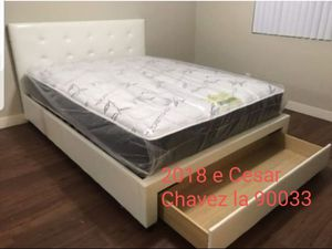 Queen storage drawer bed frame for Sale in Pico Rivera, CA
