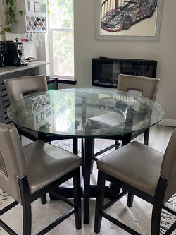 Glass round table and 4 chars set for Sale in Federal Way,  WA