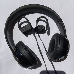 Powerbeats 3 And Beats Solo 3 | Bluetooth headphones for Sale in Aurora, IL