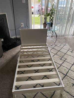 White toddler bed for Sale in West Springfield, VA