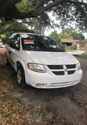 2005 Dodge Grand Caravan no back seats for Sale in Tampa, FL