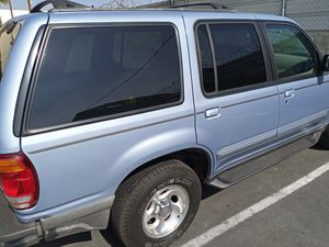 Ford explorer 98 for Sale in Los Angeles, CA