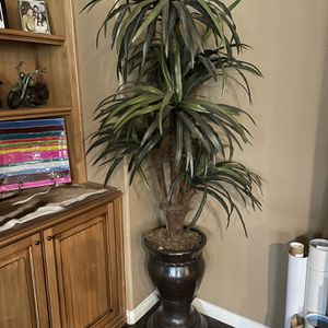 Medium Fake Tree With Pot for Sale in Norco, CA