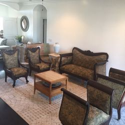 Antique Beautiful Couches Set for Sale in Fresno,  CA