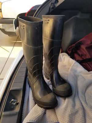 Mens Rubber Rain Mucking Boots Onguard Industries Size 7 Used maybe Once EXC.COND for Sale in Hesperia, CA