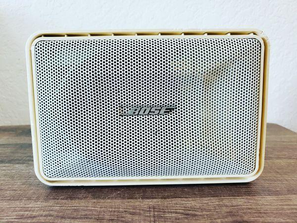 BOSE surface mount speakers (102)