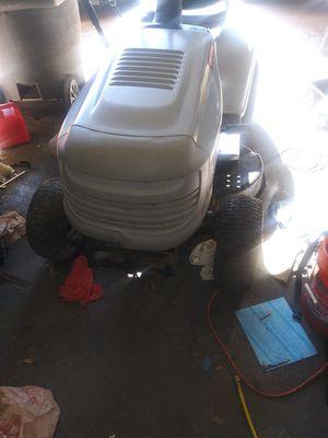 Craftsman LT1000 Riding lawn mower for Sale in Grand Prairie, TX