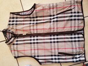 Burberry vest (Reversable) L/XL for Sale in Fresno, CA