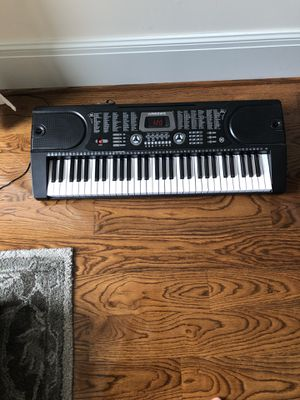 Hammer 6-1 key Electronic Piano for Sale in Houston, TX