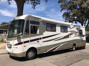 2005 Coachmen Aurora 33ft With Super Slide for Sale in San Leandro, CA