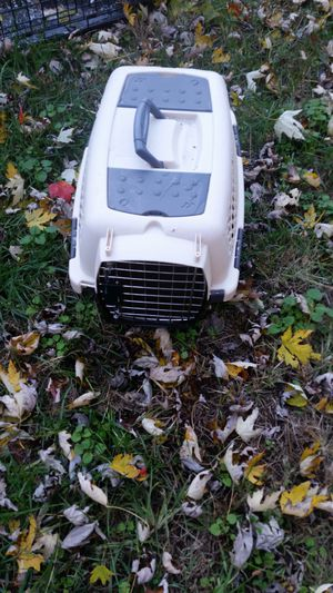 Dog crate for small dogs for Sale in Riverdale, MD