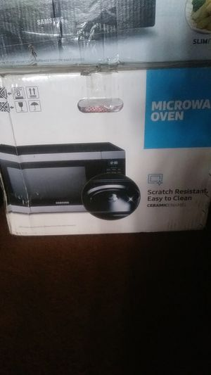 SAMSUNG. MICROWAVE OVEN. for Sale in Phelan, CA
