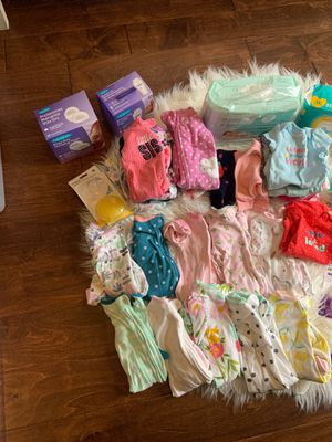 Baby girl items for Sale in Shelbyville, TN