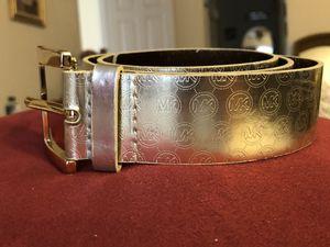 Michael kors signiture gold belt for Sale in Spring, TX